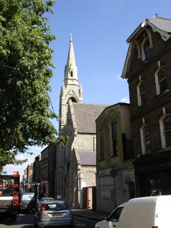 Assembly Rooms, Church and White Hart Pub along Westow Street.jpg
